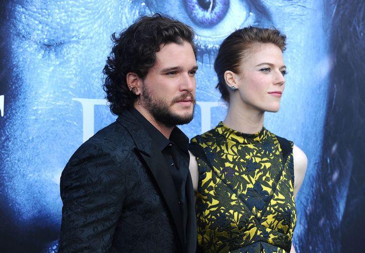 Harington og Leslie á frumsýningu 7. þáttaraðar Game of Thrones.