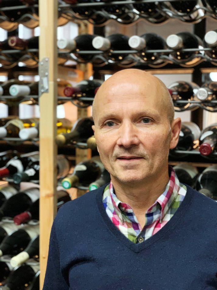 Arnar Sigurðsson vínkaupmaður í Sante.