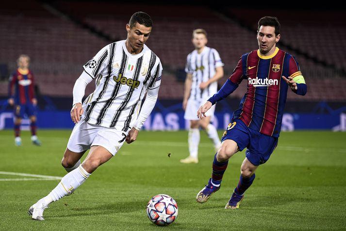 Cristiano Ronaldo og Lionel Messi eru að flestra tveir af bestu fótboltamönnum sögunnar.