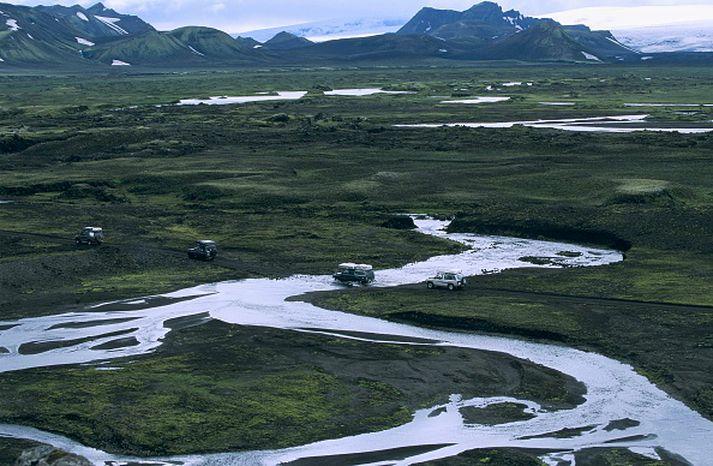 Viðmælendur voru sammála um að góðar samgöngur séu forsenda ferðaþjónustu úti á landi.