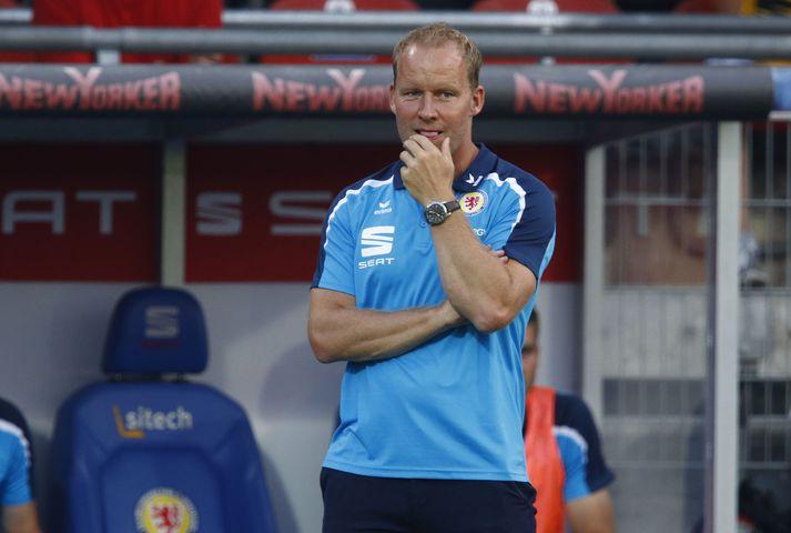 Henrik Pedersen sver af sér allir sakir um kynþáttafordóma.