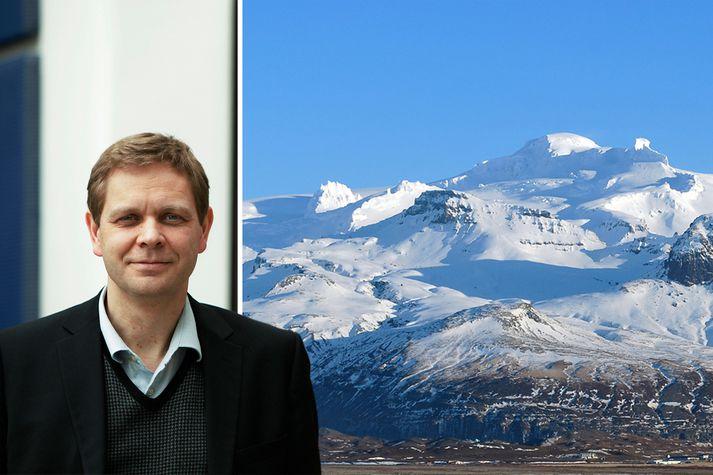 Magnús Tumi Guðmundsson, jarðeðlisfræðingur, segir Öræfajökul sýna merki þess að vera að undirbúa sig fyrir gos.