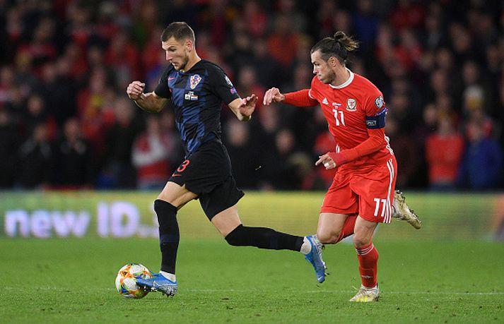 Gareth Bale í baráttunni í kvöld.