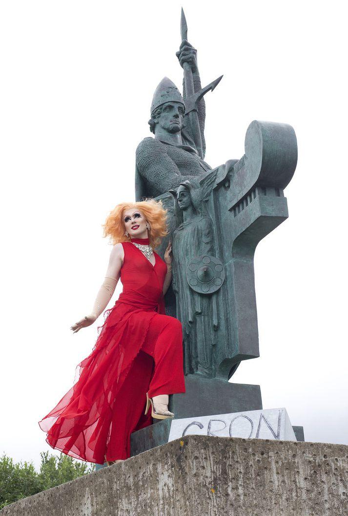 Gógó Starr er ríkjandi Dragdrottning Íslands og telur tíma til kominn að fá einhverjum öðrum titilinn.