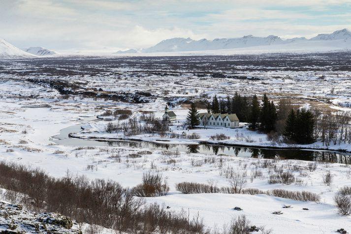 Um sjötíu sumarhús eru innan þjóðgarðsins.