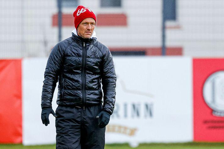 Arnar Grétarsson heldur kyrru fyrir á Akureyri.