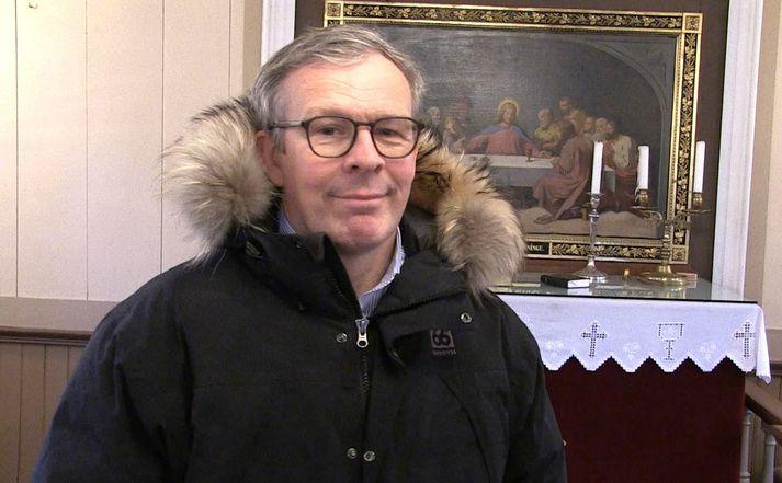 Séra Óskar Hafsteinn Óskarsson, prestur í Hruna í Hrunamannahreppi. Hann er með fimm kirkjur í sinni umsjón.
