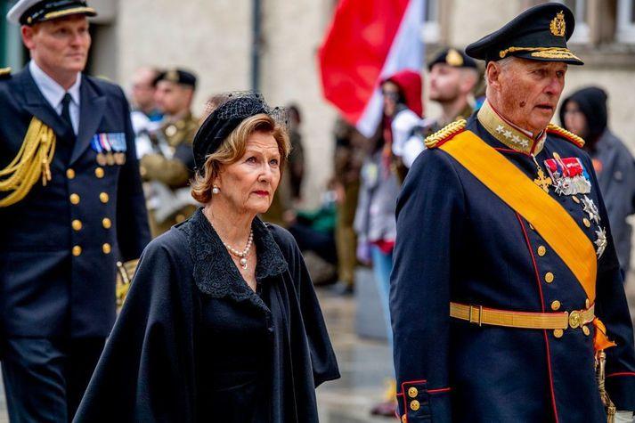 Sonja drottning og Haraldur konungur.