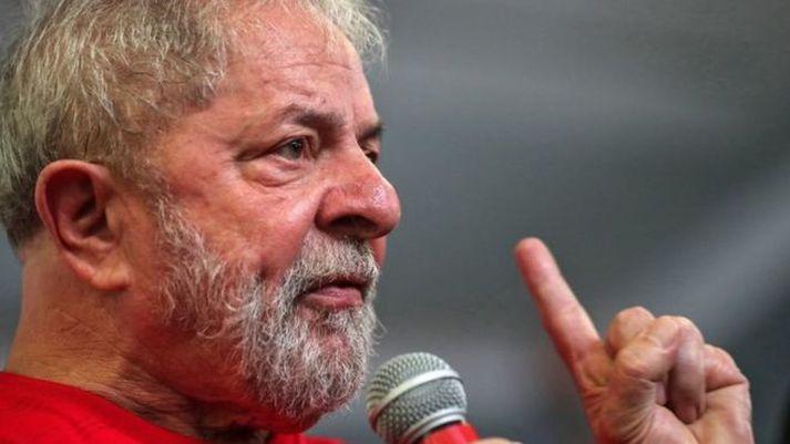 Allt stefndi í að Luiz Inacio Lula da Silva myndi aftur setjast á forsetastólinn.
