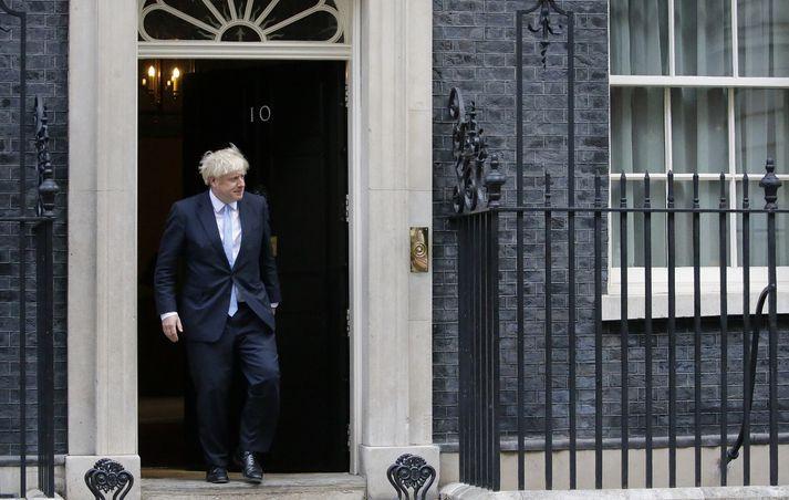 Boris Johnson virðist vera kominn út í horn.