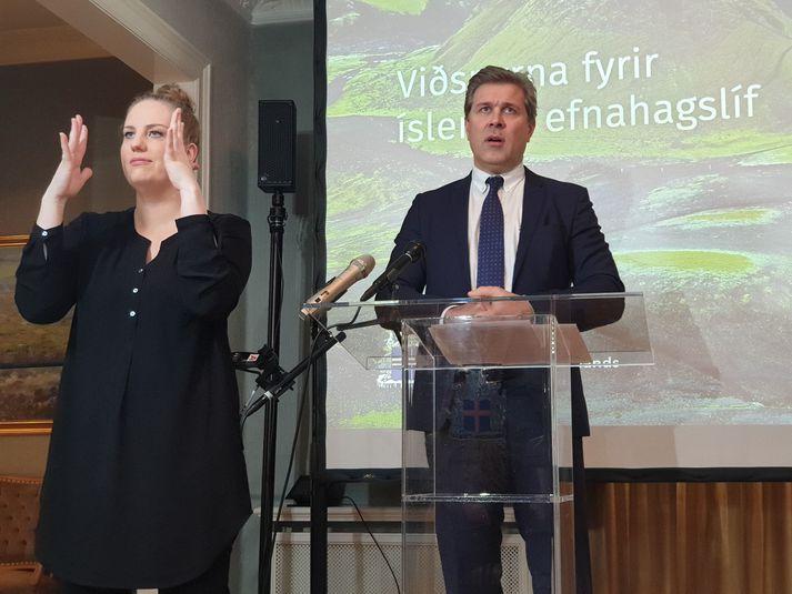 Bjarni Benediktsson, fjármálaráðherra, kynnti aðgerðir ríkisstjórnarinnar til að bregðast við efnahagslegri kólnun vegna kórónuveirunnar á blaðamannafundi í dag.