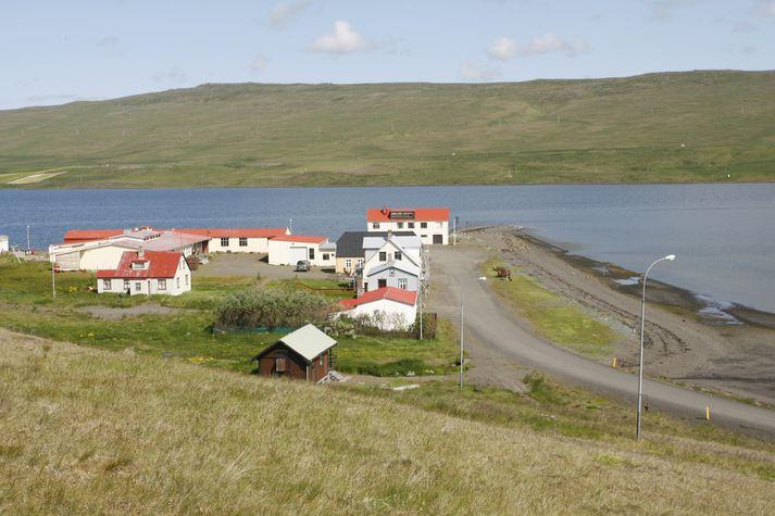 Sveitarstjórnin gagnrýnir seinagang ráðherra.