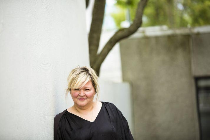 Kristjana Stefánsdóttir er mikill listamaður. Hún semur tónlist fyrir hin ýmsu leikverk í Borgarleikhúsinu.