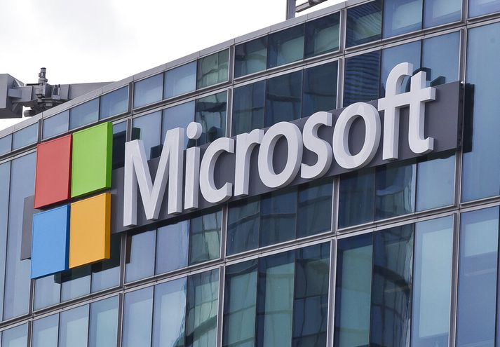 Varnarsamningurinn sem Microsoft hlaut nefnist JEDI og gengur út á að nútímavæða tölvukerfi bandaríska varnarmálaráðuneytisins.