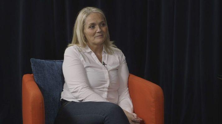 Helga Elídóttir barnalæknir stofnaði Facebook hóp til að koma þekkingu sinni áfram með fræðslu til foreldra.