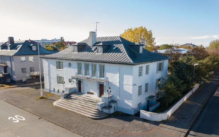 Húsið stendur við Víðimel 29.