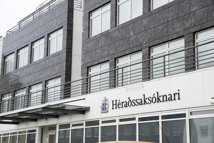 Embætti héraðssaksóknara sækir málið.