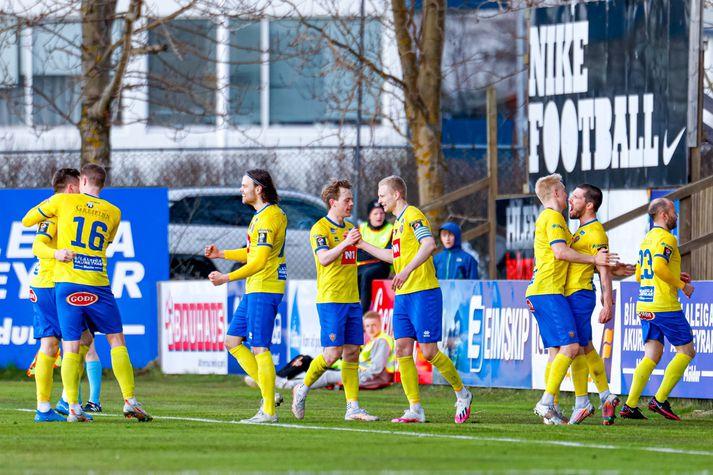 KA vann öruggan 3-0 sigur á Leikni Reykjavík.