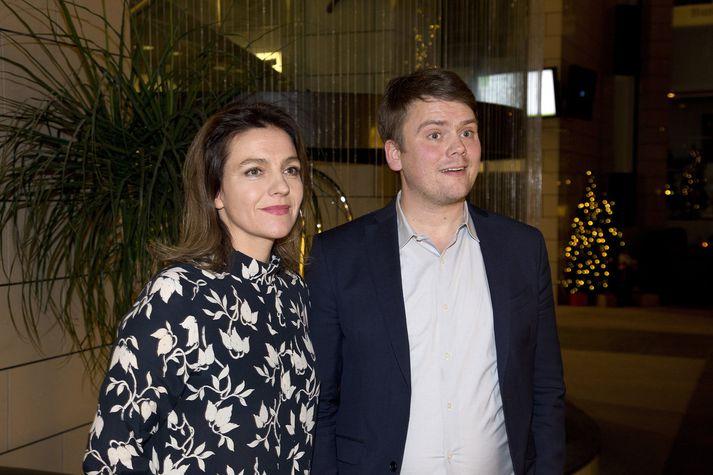 Rósa Björk Brynjólfsdóttir og Andrés Ingi Jónsson studdu vantraust á dómsmálaráðherra á dögunum. Samskiptin eru erfið innan VG.