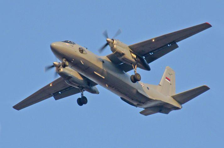 Vélin sem um ræðir var af gerðinni Antonov An-26 og var framleidd árið 1982. Myndin er af flugvél af sömu gerð.