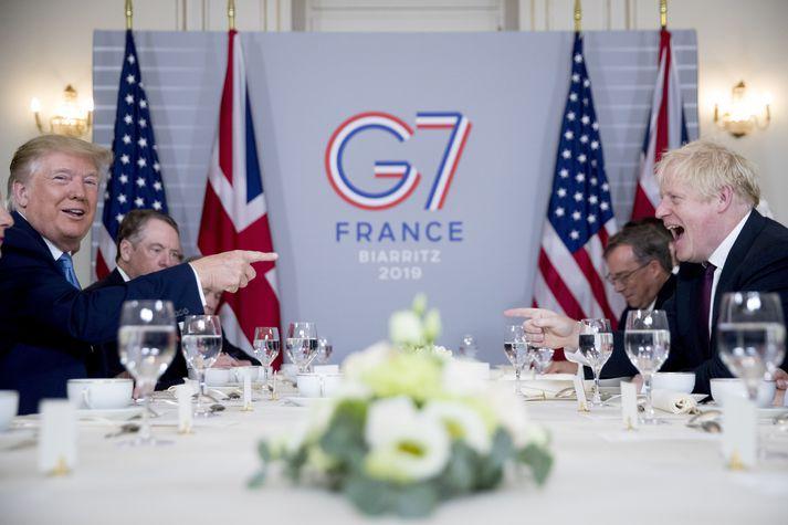 Donald Trump og Boris Jonson áttu morgunverðarfund í Frakklandi í dag.