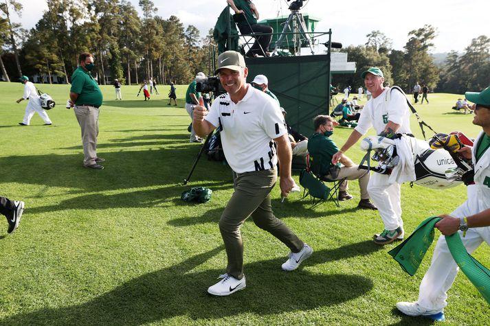 Paul Casey trónir á toppnum að loknum fyrsta degi Masters-meistaramótsins í golfi.