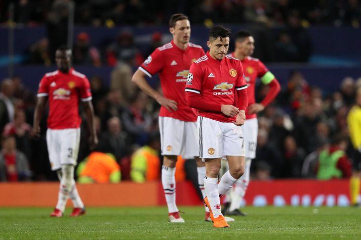 Alexis Sanchez og félagar í Manchester United eru úr leik.
