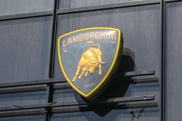 Lamborghini setur markið á Ferrari FXX með nýjum bíl.