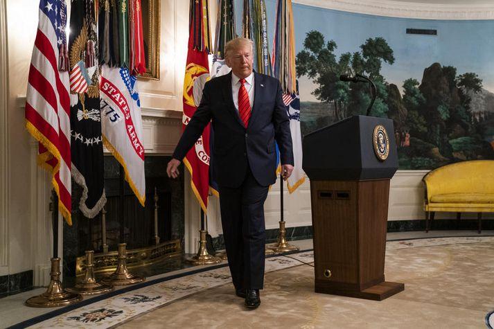 Trump lýsti aðgerðinni gegn Bagdadi í hrikalegum smáatriðum á blaðamannafundi í dag.
