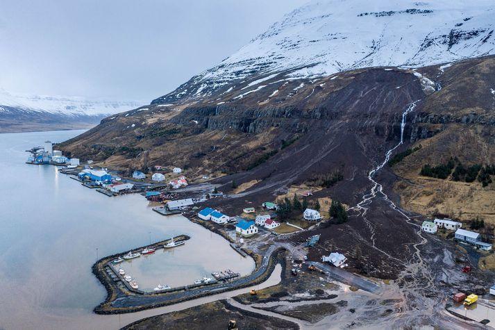 Gríðarlegt tjón hefur orðið eftir aurskriðurnar.