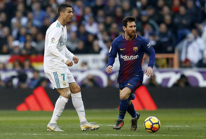Cristiano Ronaldo og Lionel Messi verða á sama velli í kvöld í fyrsta sinn síðan í maí 2018.