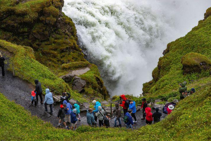 Gullfoss er einn vinsælasti ferðamannastaður landsins.