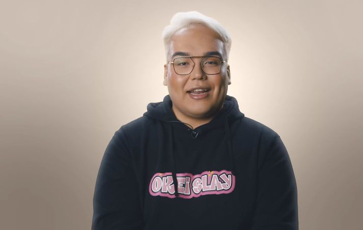 Binni Glee fer á kostum í þáttunum Æði á Stöð 2.