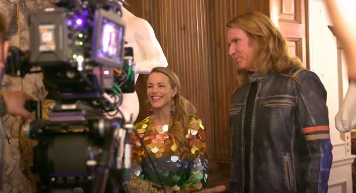 Rachel McAdams og Will Ferrell á tökustað.