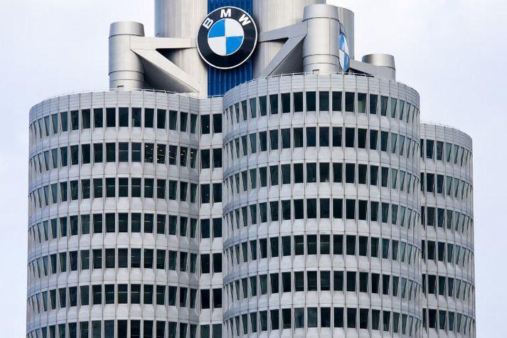 Höfuðstöðvar BMW í München í Þýskalandi. Fyrirtækið er helst þekkt fyrir sportbíla sína.