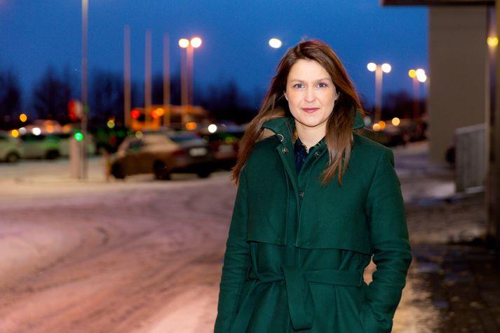 Metsöluhöfundurinn Kristín Tómasdóttir vinnur nú að nýrri bók sem kallast Hjónabandssæla.
