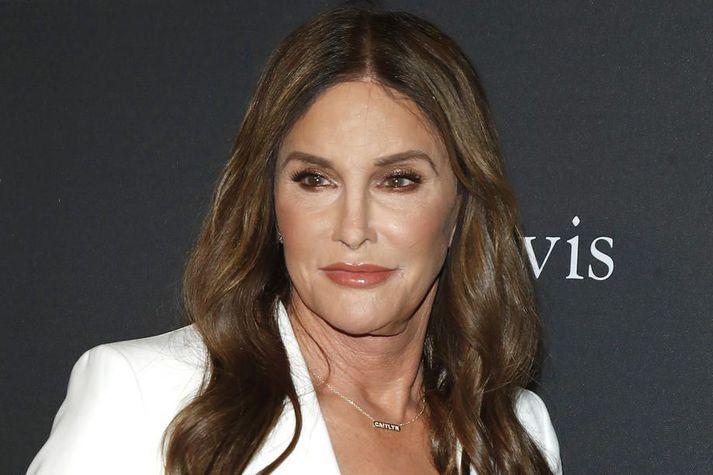 Jenner er ekki fyrsti heimsþekkti einstaklingurinn sem býður sig fram til ríkisstjóra Kaliforníu. Ronald Reagan og Arnold Schwarzenegger hafa báðir sinnt embættinu.