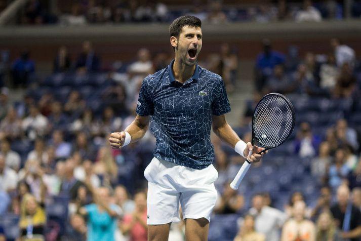 Djokovic fagnar í undanúrslitaeinvíginu