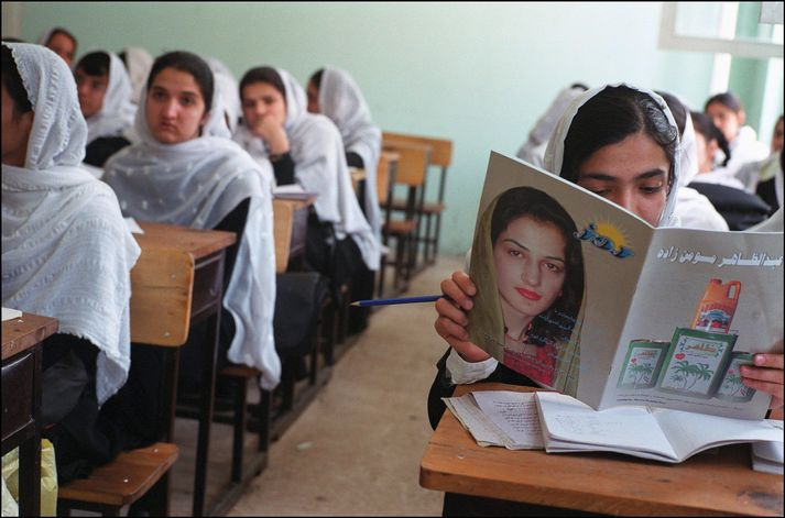 Mikil óvissa ríkir um réttindi kvenna í Afganistan eftir yfirtöku Talibana.