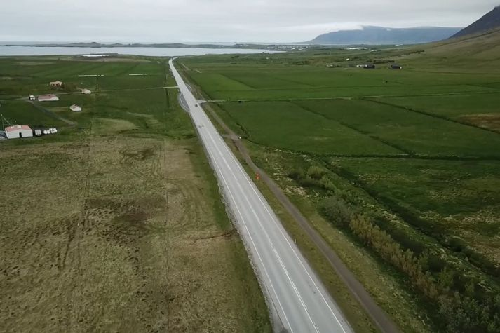 Fyrsti kaflinn sem boðinn verður út liggur milli Varmhóla og Vallár við Grundarhverfi.