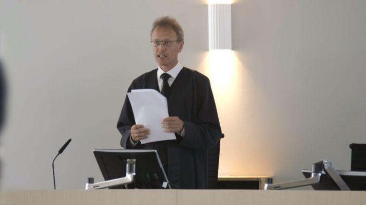 Dómari í Lyngby las upp dóminn yfir Hans Fróða Hansen í gær.