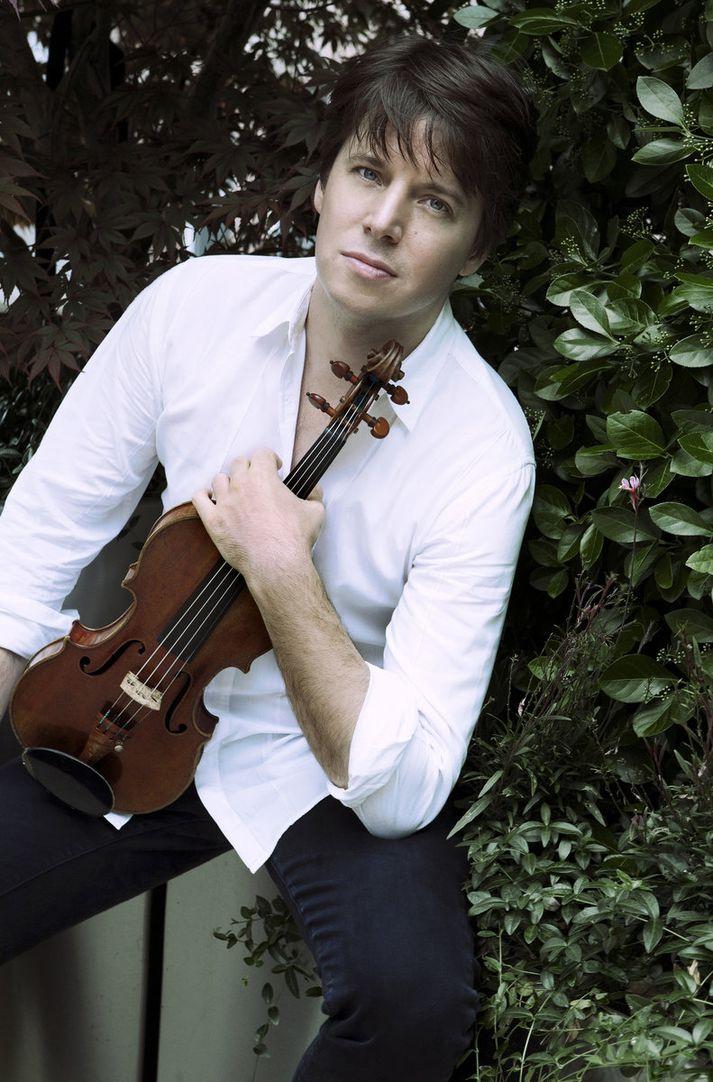 Ég tel mig mjög lánsaman, segir Joshua Bell sem leikur á afar dýrmæta Stradivarius-fiðlu. Mynd/Lisa Marie Mazzucco