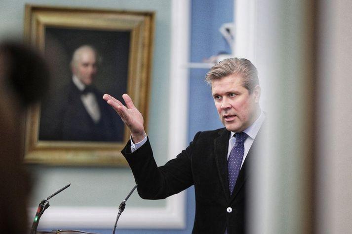 Bjarni Benediktsson, fjármálaráðherra, í pontu á Alþingi í morgun. Þriðja og síðasta umræða um fjárlagafrumvarpið fór fram í dag.