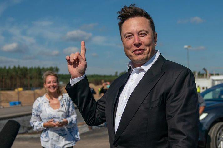Elon Musk ákvað á dögunum að fjárfesta í Bitcoin.