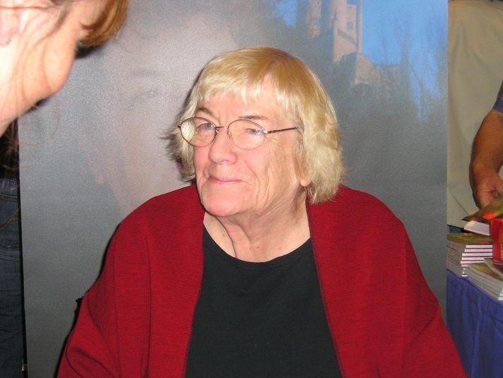 Margit Sandemo varð 94 ára gömul.
