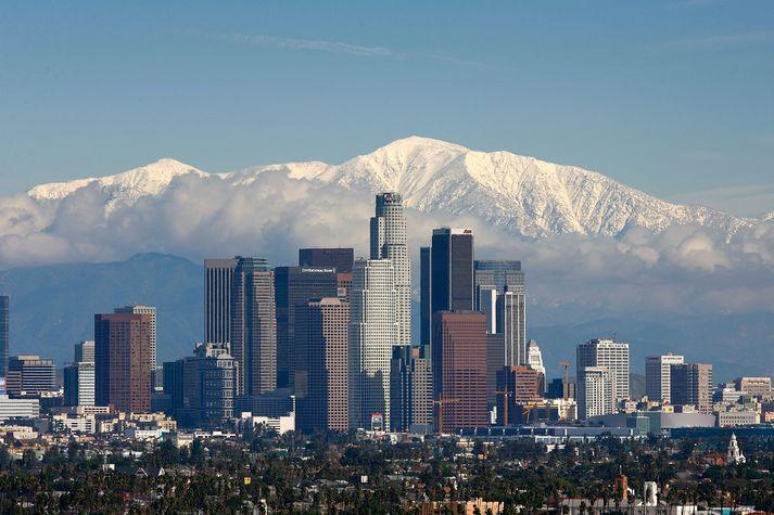 Upptök skjálftans voru um 160 kílómetra norður af Los Angeles.