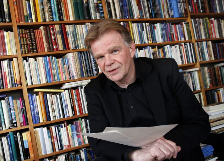 Einar Már Guðmundsson fór til Frakklands í dag til að taka við verðlaununum.v