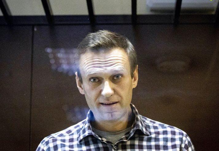 Alexei Navalní dúsir í fangelsi næstu tvö árin. Bandamenn hans horfa nú fram á að vera sviptir kjörgengi og jafnvel fangelsaðir.