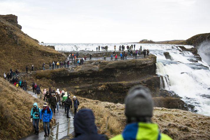 Gullfoss er einn fjölsóttasti ferðamannastaður landsins.