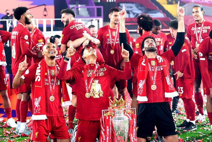 Brasilíumennirnir Fabinho, Roberto Firmino og Alisson Becker hjá Liverpool leggjast kannski á bæn fyrir dráttinn í dag.